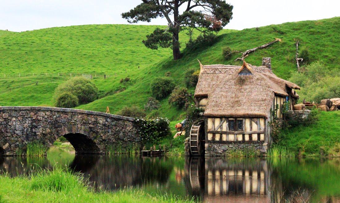 Ngoi-lang-Hobbiton-Diem-den-tuyet-voi-trong-chuyen-du-lich-New-Zealand-2.jpg