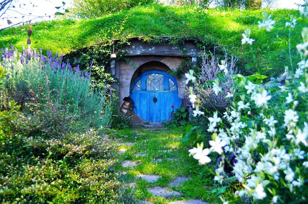 Ngoi-lang-Hobbiton-Diem-den-tuyet-voi-trong-chuyen-du-lich-New-Zealand-3.jpg